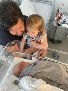 momsarahwithlove kinderen blog mama ouderschap liefde eerlijk Newborn baby peuter
